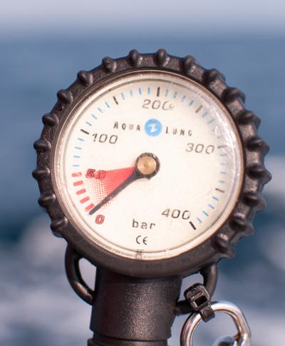 pressure gauge diving thailand