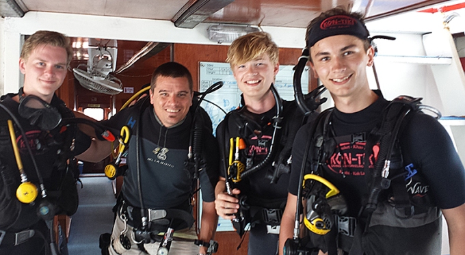 Open Water course kon-tiki krabi diving thailand internship time karlstad